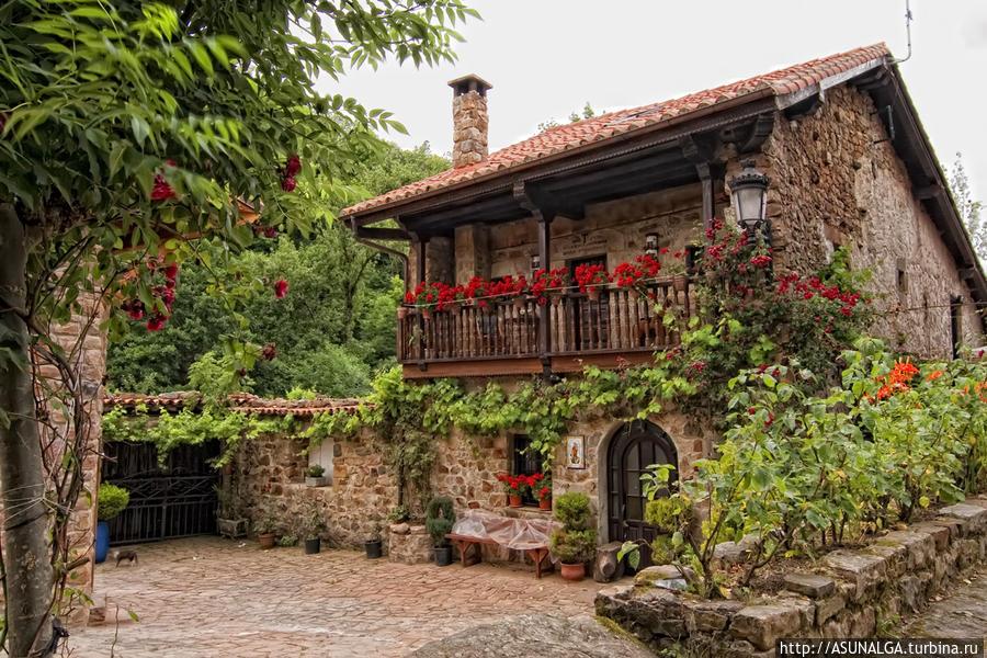 Недвижимость в деревне испания