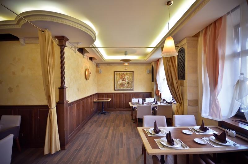 Ресторан Минин и Пожарский - фотография 2