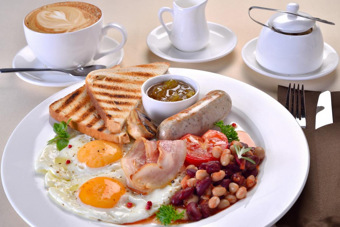 Ресторан Доктор Ватсон - фотография 6 - Английский завтрак
