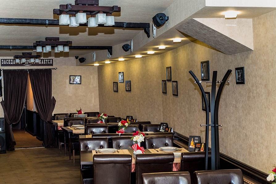 Ресторан 12 стульев - фотография 4