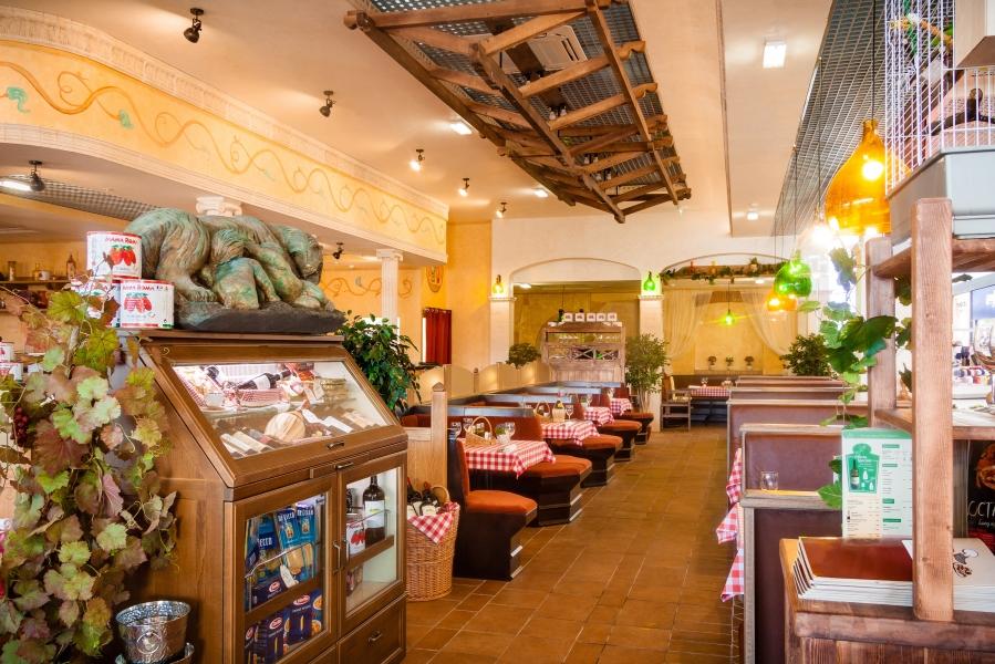 Ресторан Mama Roma - фотография 10