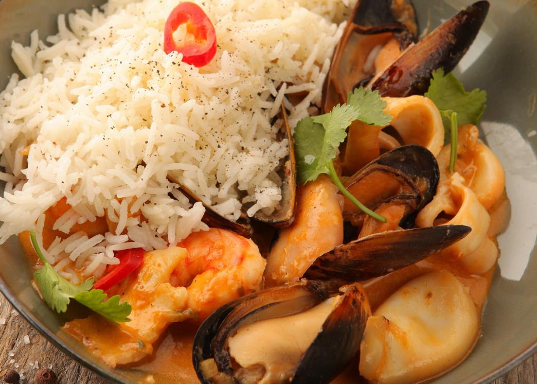 Ресторан The Waiters - фотография 5 - Морепродукты в остром или сливочном соусе
