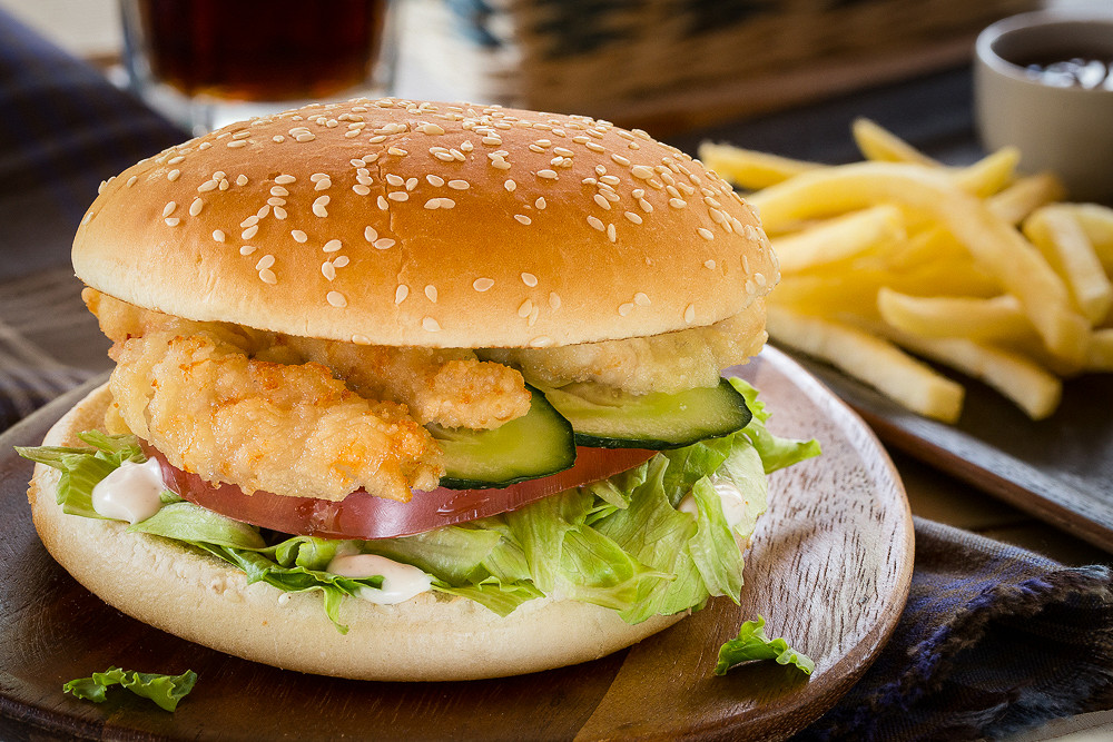 "Ресторан Jerry Wings - фотография 1 - Стрипс Бургер от ""Джерри Вингс"""