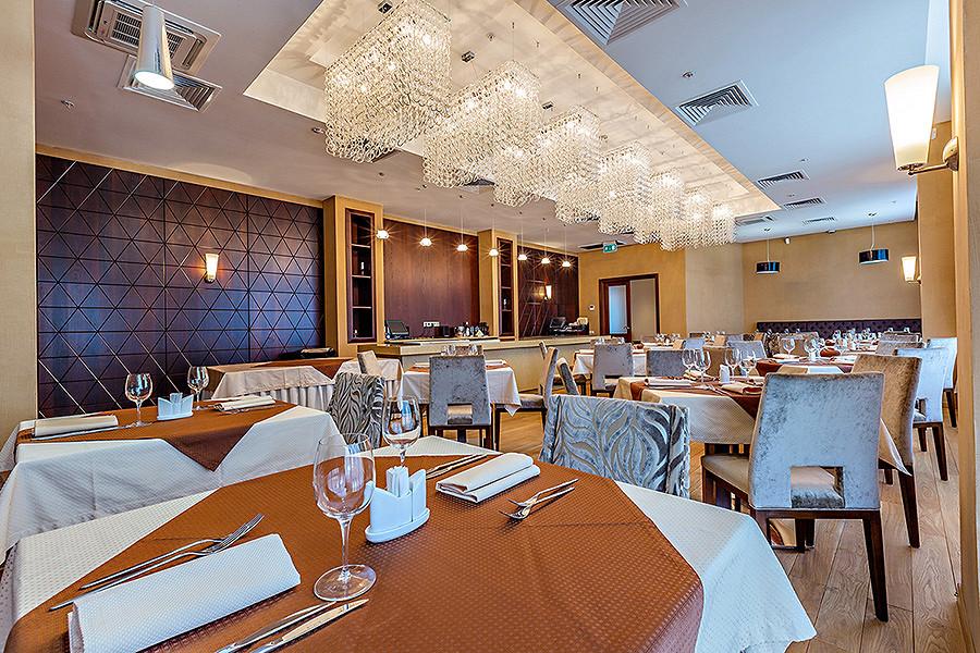 Ресторан Райкин-плаза - фотография 2
