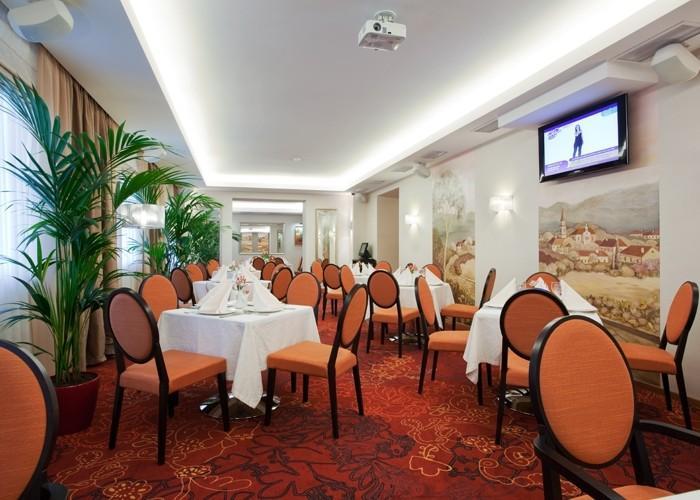 Ресторан De ville - фотография 8