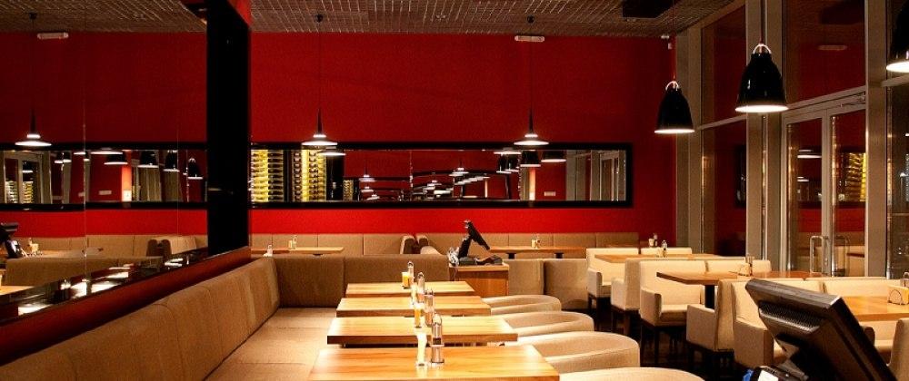 Ресторан Level Bistro & Wine - фотография 3