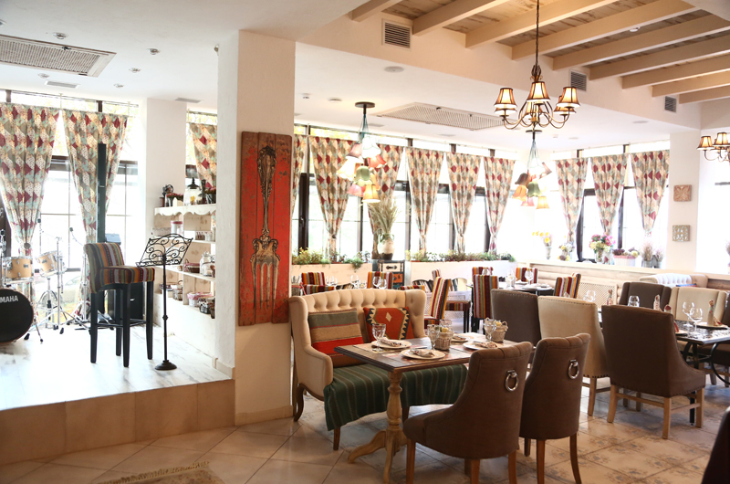 Ресторан Шале - фотография 22