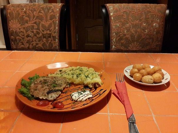 Ресторан Блинок - фотография 1