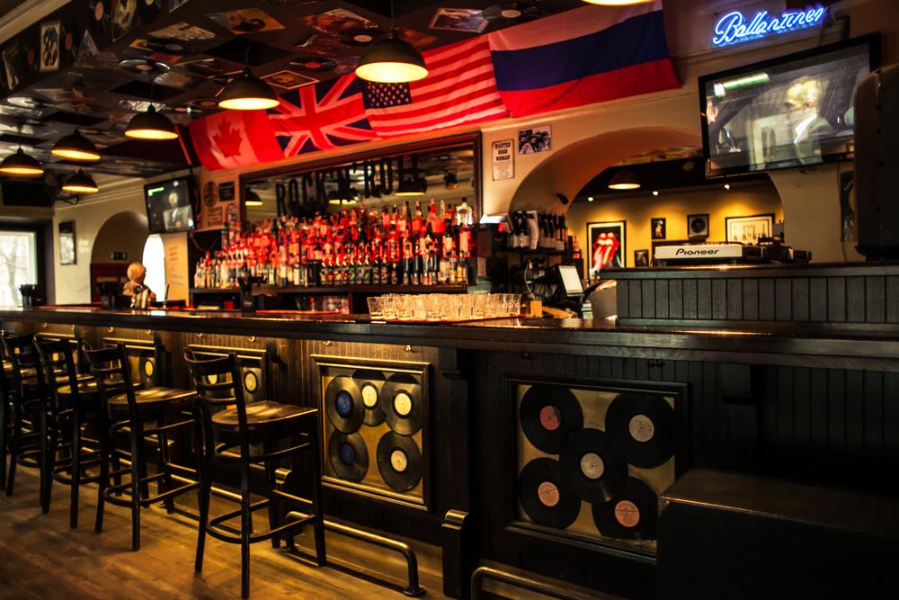 Ресторан Rock'n'Roll Bar & Café - фотография 6
