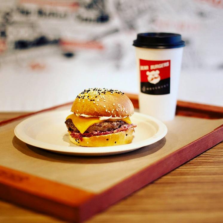 Ресторан Bear Burgers - фотография 9