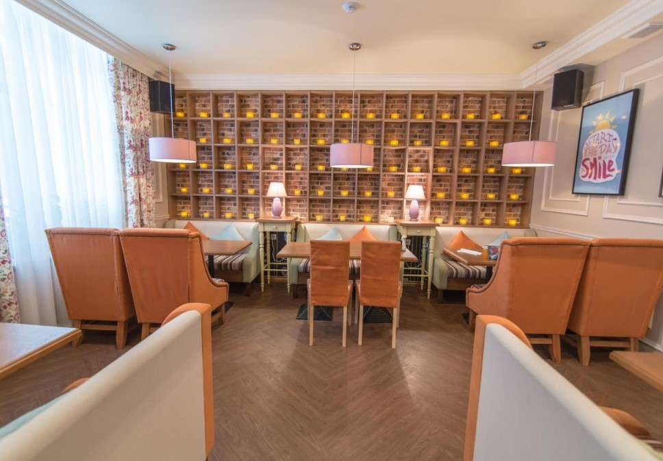 Ресторан Своя компания - фотография 2