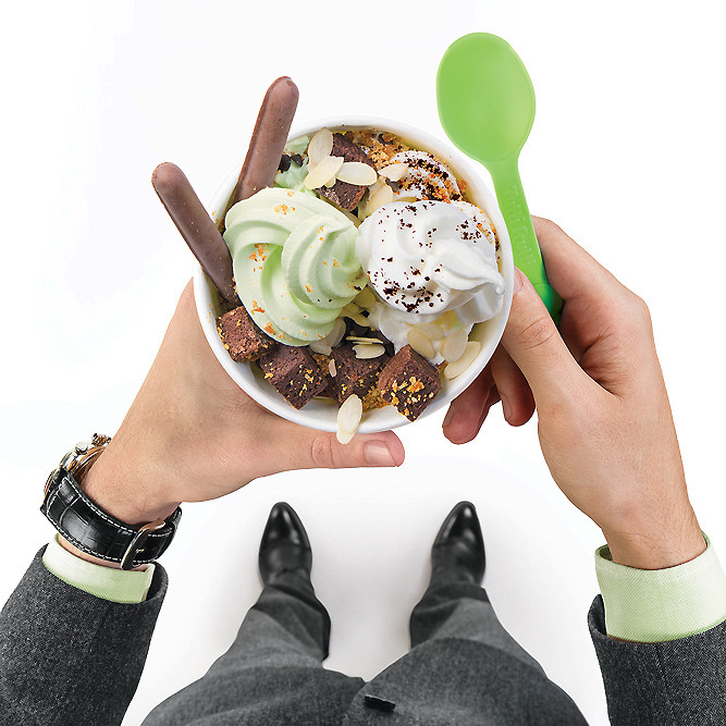Ресторан Tutti Frutti Frozen Yogurt - фотография 2 - Tutti Frutti Frozen Yogurt