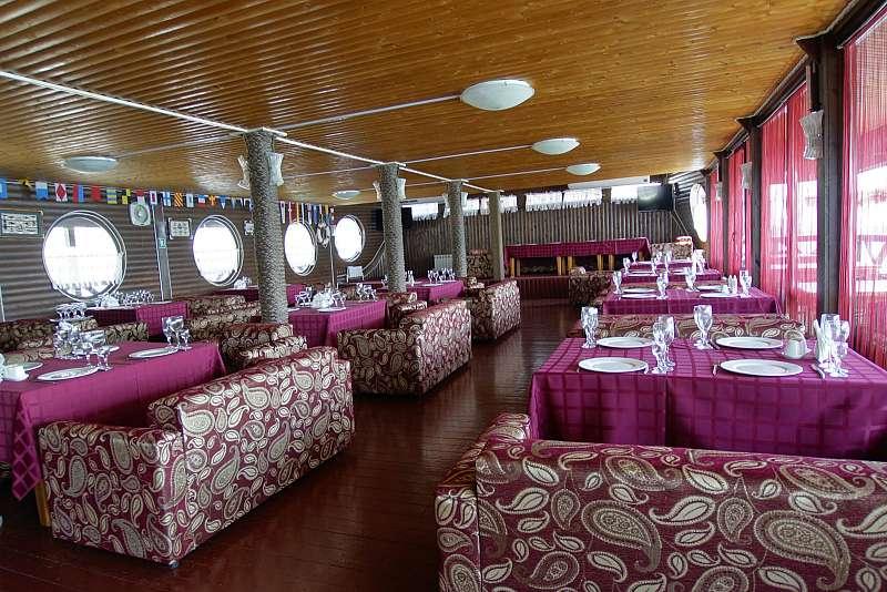 Ресторан Адмиральский причал - фотография 8