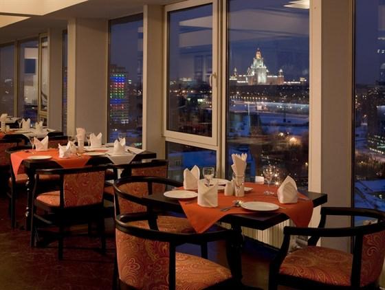 Ресторан Дарбарс - фотография 15