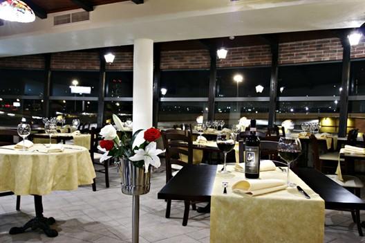 Ресторан Марьячи - фотография 3