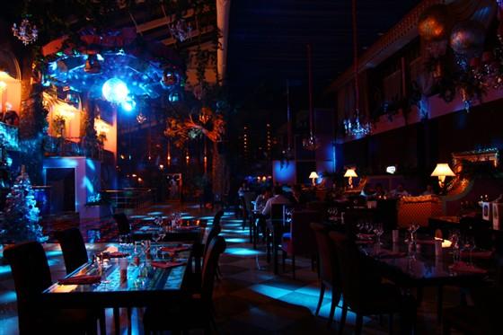 Ресторан Pin-Up Rooms - фотография 2 - Зал.