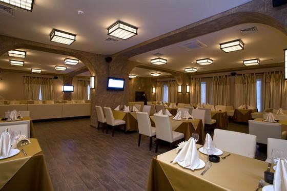 Ресторан Шалье - фотография 6 - Европейский зал и караоке клуб