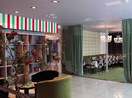 Ресторан Gamberi - фотография 7 - Холл второго этажа