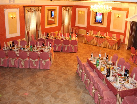 Ресторан Красная мельница - фотография 11 - Банкет в Гранд-холле