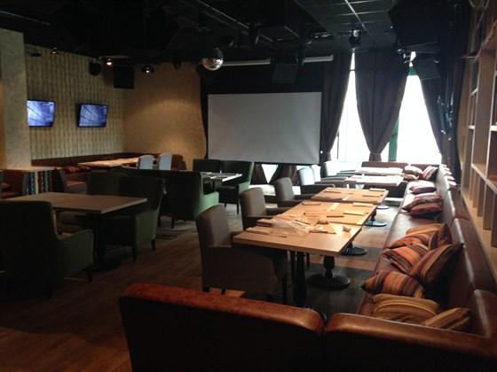 Ресторан Лепешка - фотография 4 - караоке