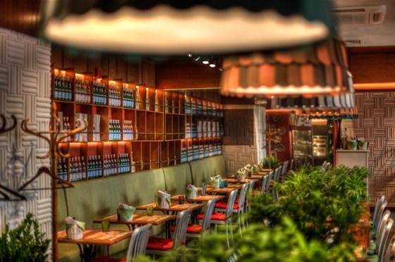 Ресторан Italy на Большой Морской - фотография 1 - ITALY Bottega