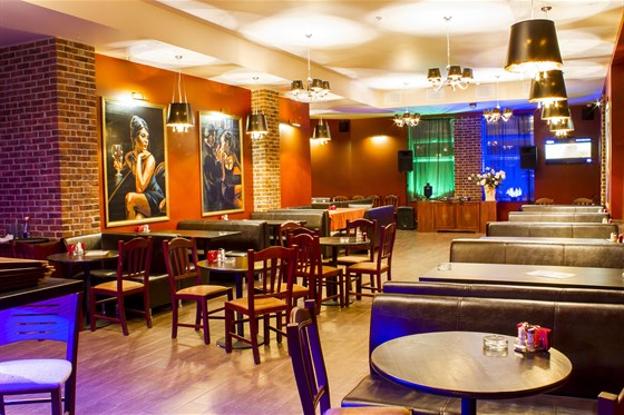 Ресторан Сухой закон - фотография 9 - Верхний зал