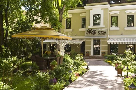 Ресторан Polly-сад - фотография 1 - веранда