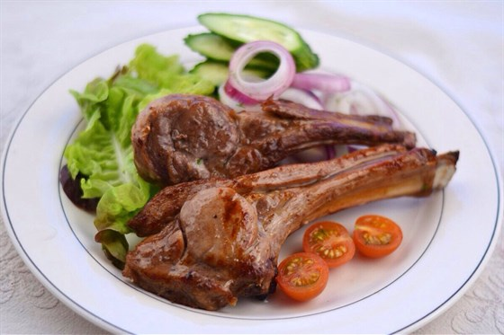 Ресторан Черемушка  - фотография 2 - Корейка баранина