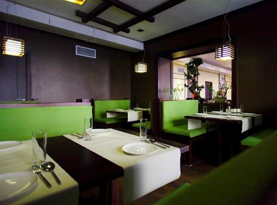 Ресторан Кореана - фотография 2 - замечательный уютный зал с мягкими диванчиками никого не оставит равнодушным.