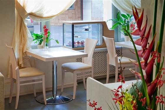 Ресторан Ардженто - фотография 9 - Кафе Ардженто Зона кафе