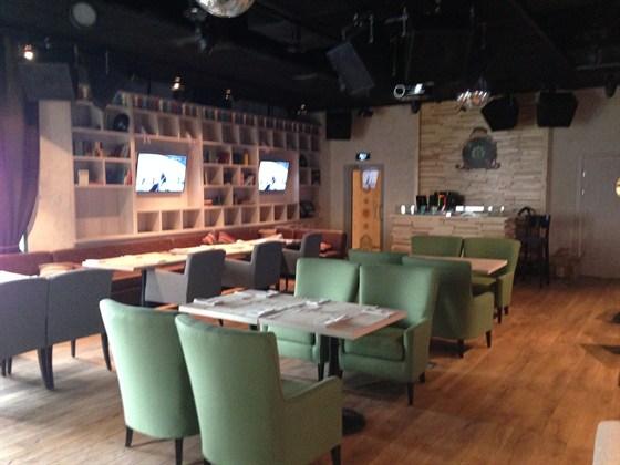 Ресторан Лепешка - фотография 6 - караоке 2
