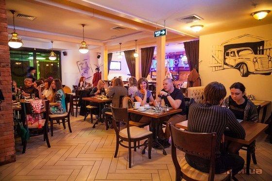 Ресторан Гараж - фотография 5
