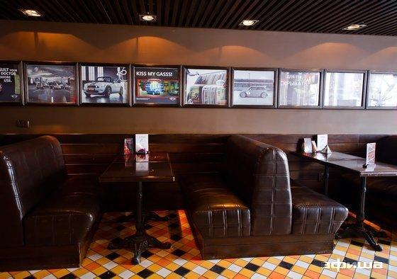 Ресторан Питькофе: Mini Cooper - фотография 3