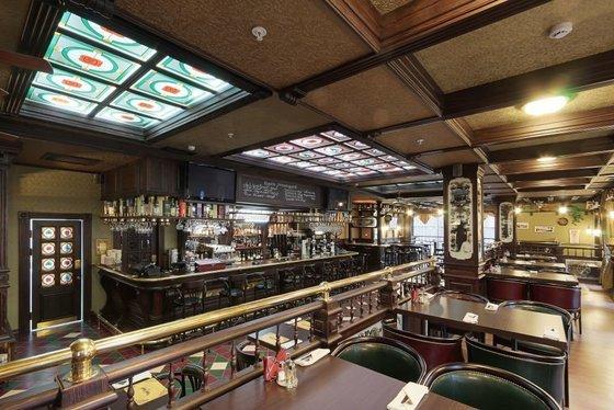 Ресторан Morris Pub - фотография 10