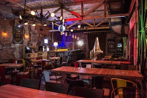 Ресторан Fabrika - фотография 10