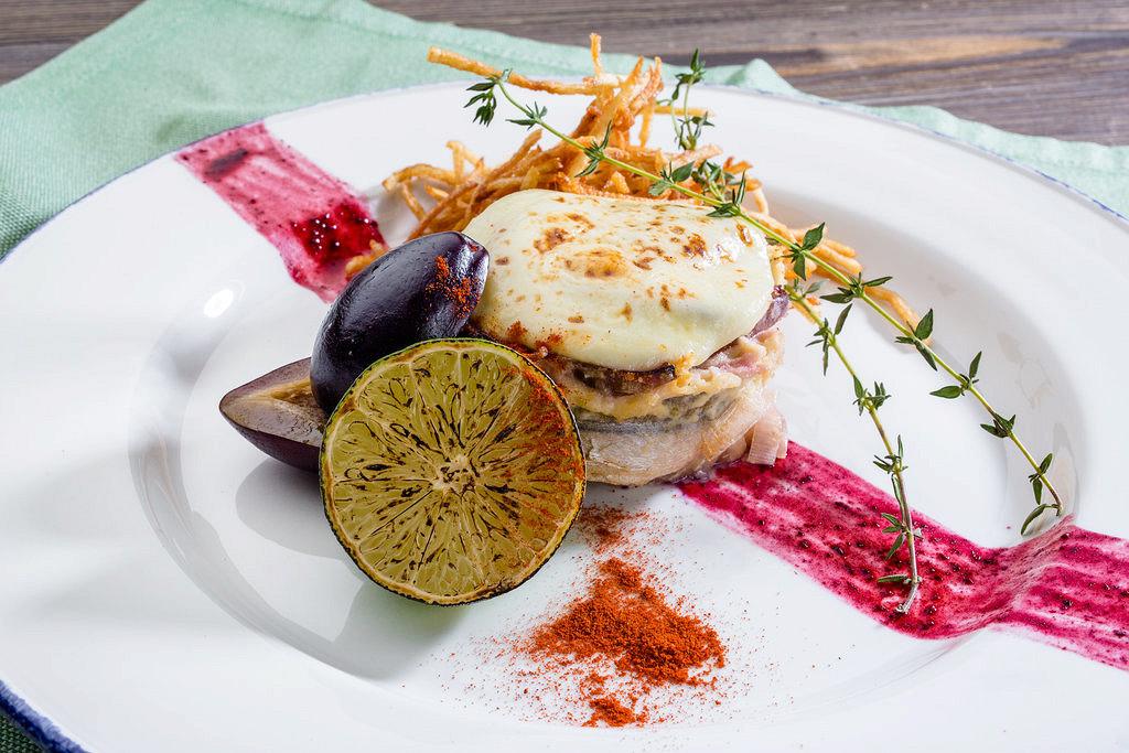 Ресторан Крымская кухня - фотография 10