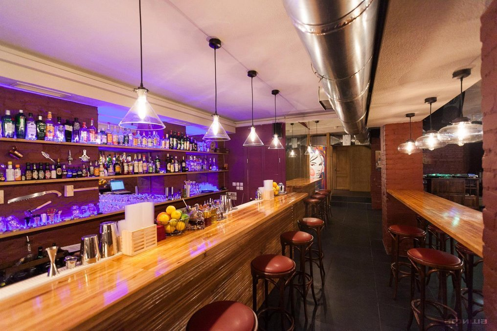 Ресторан Gin Tonic Bar - фотография 16