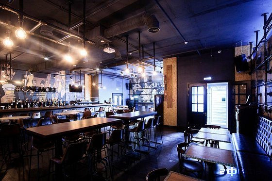 Ресторан One More Beer & Wine - фотография 8