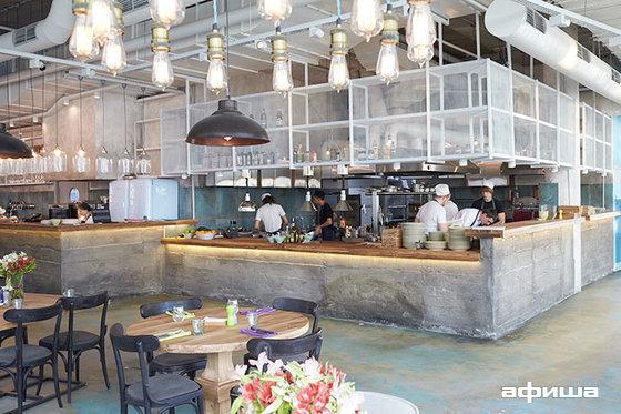Ресторан Local Comfort Food - фотография 10