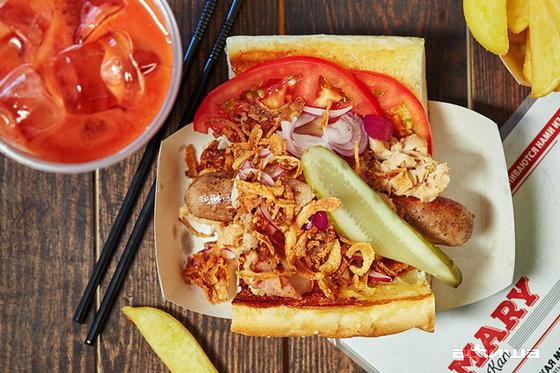 Ресторан Mary & Dogs - фотография 2