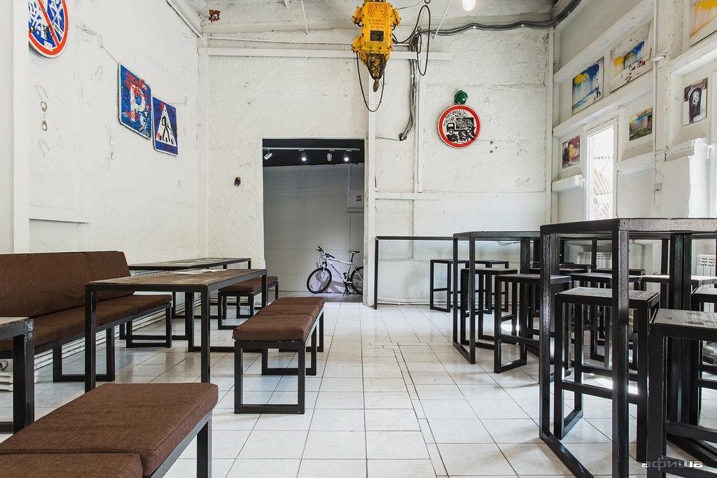 Ресторан Cans & Beer - фотография 12