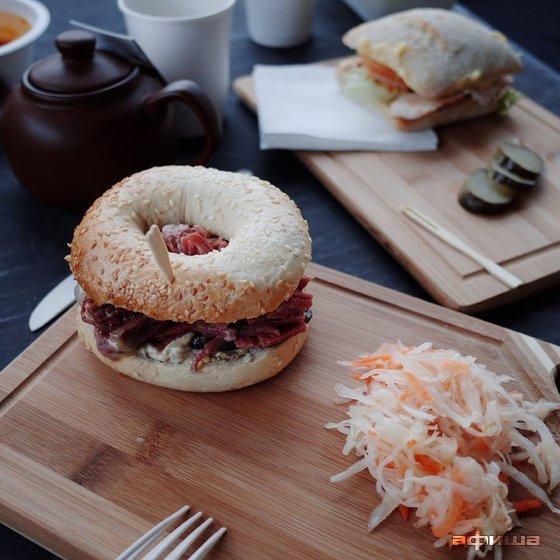 Ресторан Bread & Beef - фотография 8