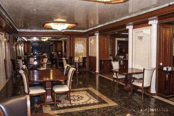 Ресторан Абрикос - фотография 1