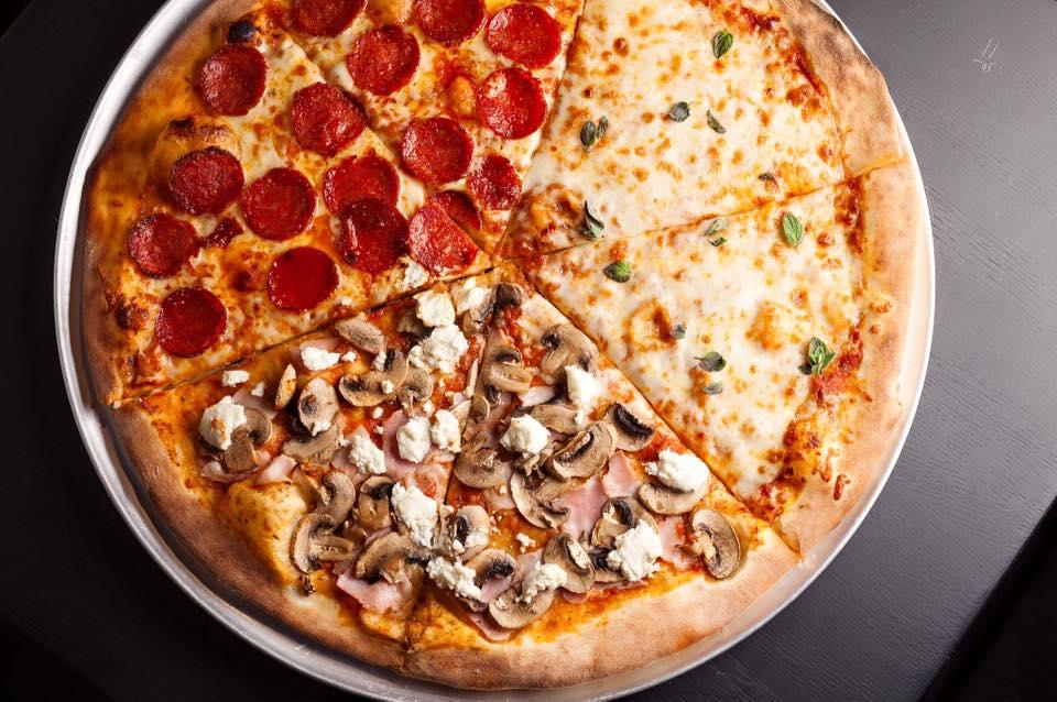 Ресторан Hell's Pizza - фотография 3