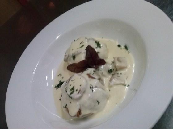 Ресторан Щислива - фотография 25 - кундюма с белыми грибами и вешенками