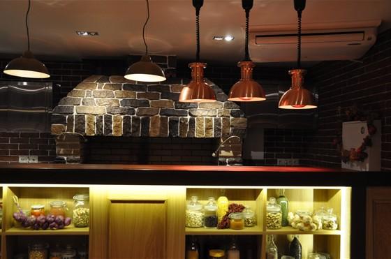 Ресторан Хоум - фотография 4 - Мангал, где делают супер-шашлыки