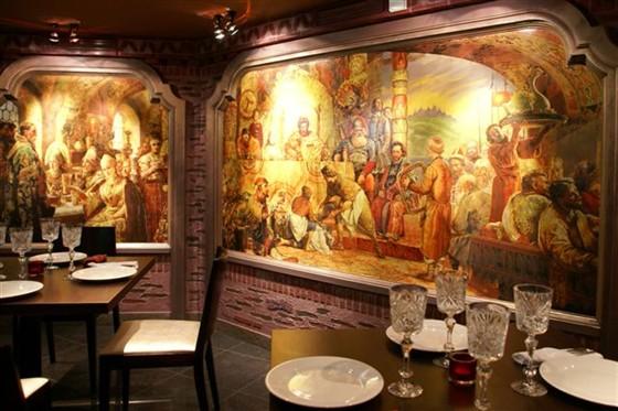 Ресторан Тройка - фотография 9 - Малый зал