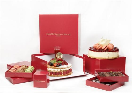 Ресторан Lightbar - фотография 7 - Торты и сладости на заказ
