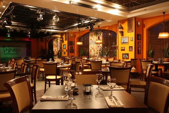 """Ресторан Varadero - фотография 14 - Ощутите атмосферу настоящего праздника в ресторане-клубе """"Varadero""""!"""