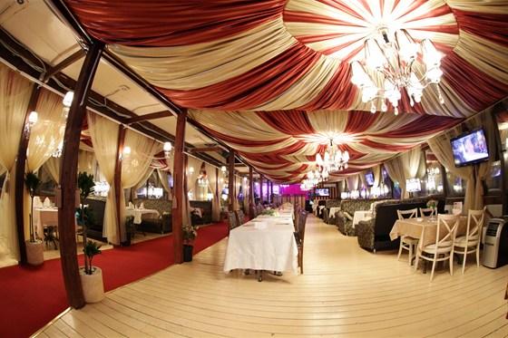 Ресторан Золотой бамбук - фотография 7 - Большой зал - Максимальное размещение до 300 человек
